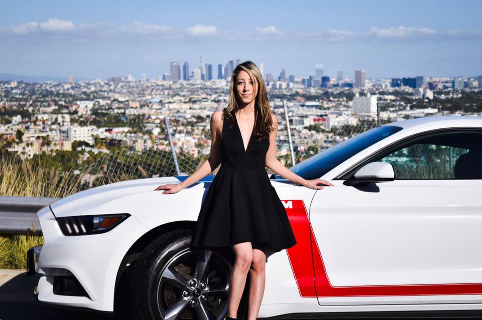 2015 Ford Mustang Mimi Estrada White Red Stripes 003