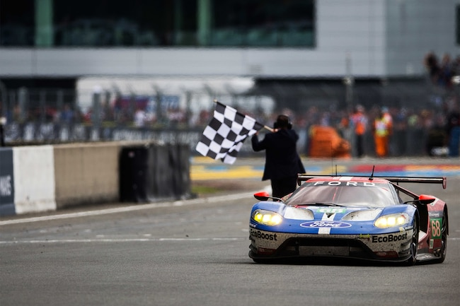 001 Ford Wins 24 Hour Of Le Mans Victory GT GTE