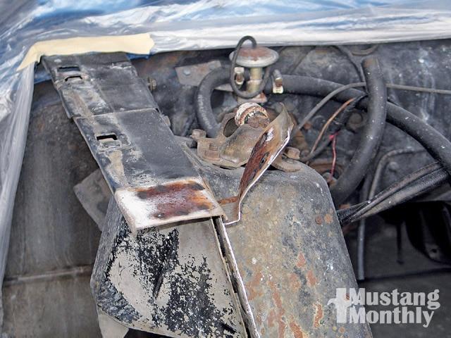 Mump 0903 13 Z Ford Mustang Peel Away Shock Tower Apron