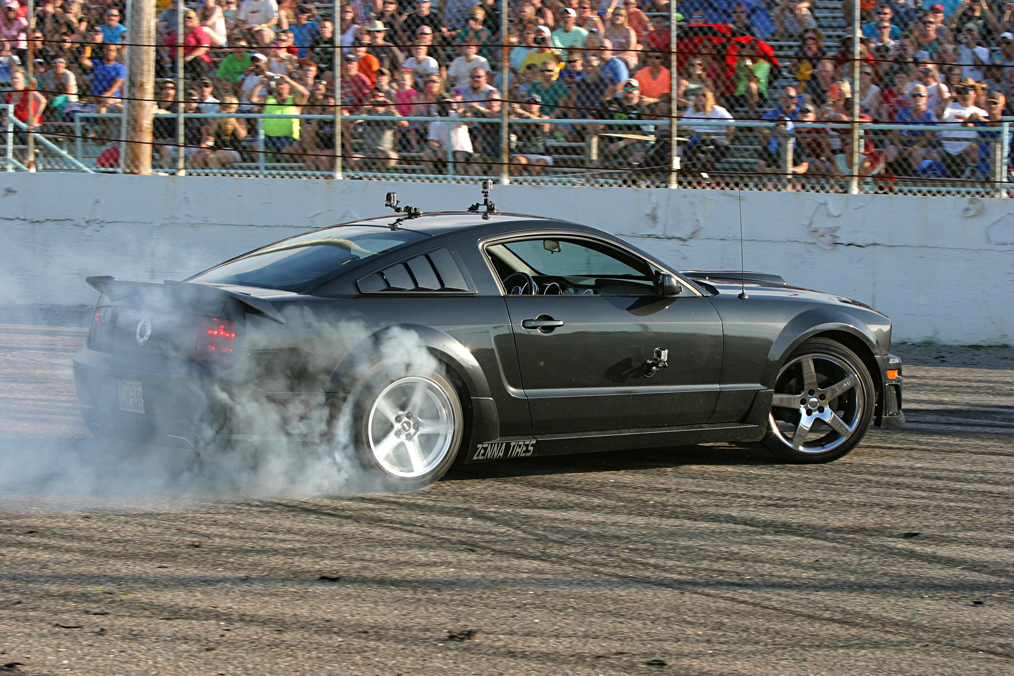 2016 Mustang Week Svt Performance Burnout Contest 009