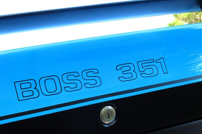 12 1971 Ford Mustang Boss 351 Blue Decal 660x440