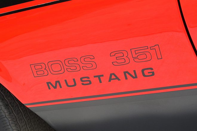 17 1971 Ford Mustang Boss 351 Red Fender Decal 660x440