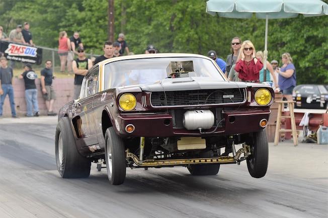 1965 Ford Mustang Racing