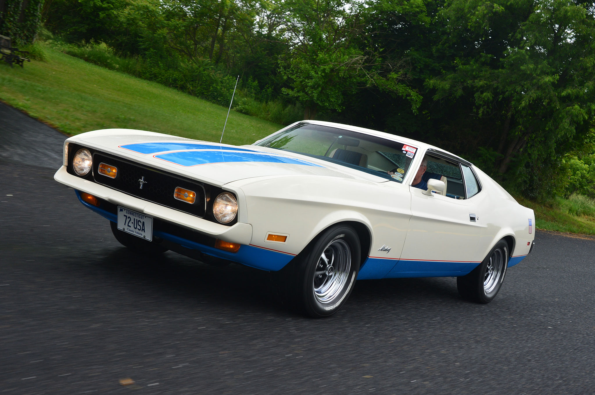 Special edition 1972 ford mustang sprint package celebrates the olympics photo image gallery