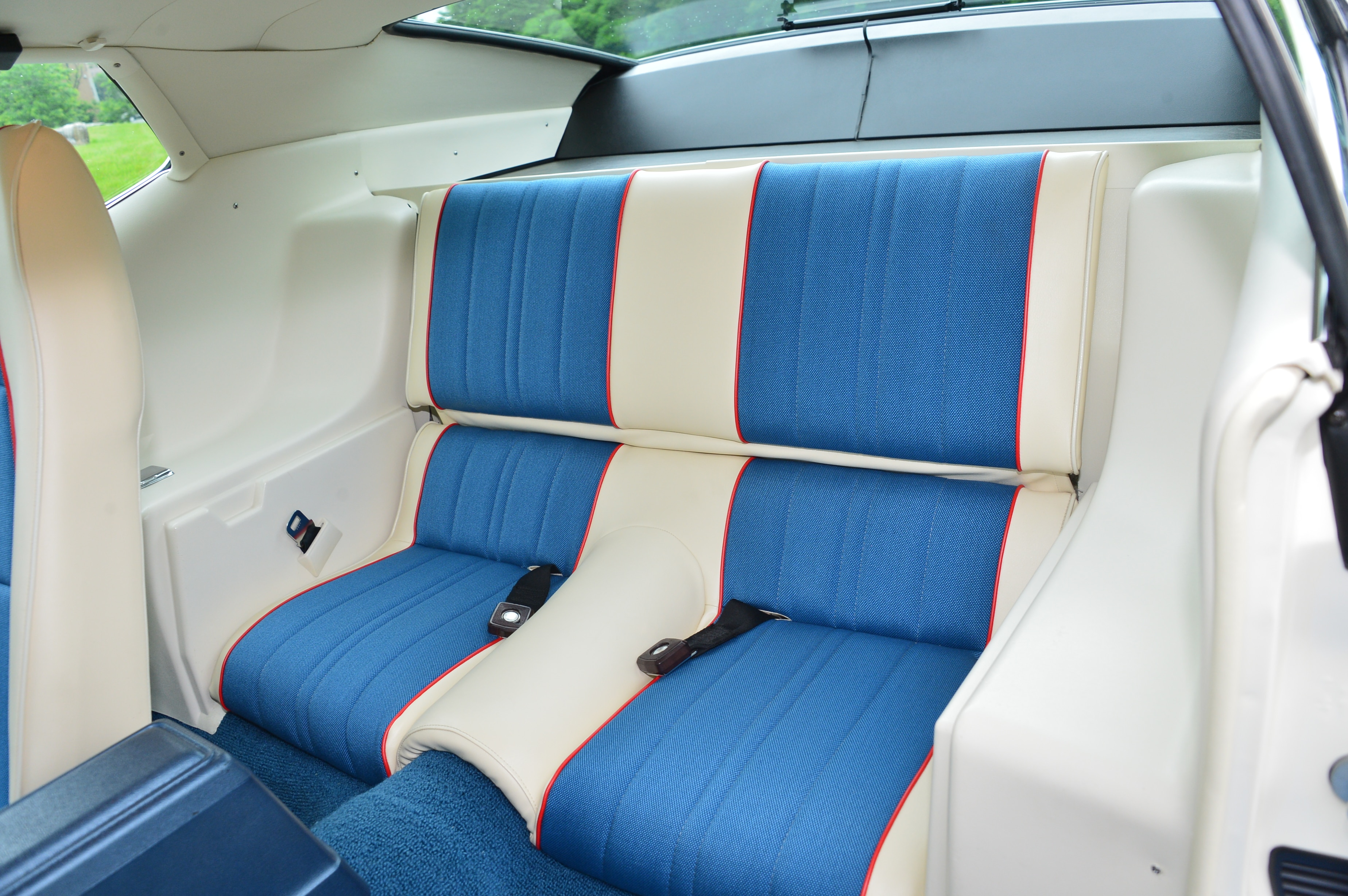 1972 Ford Mustang Seats