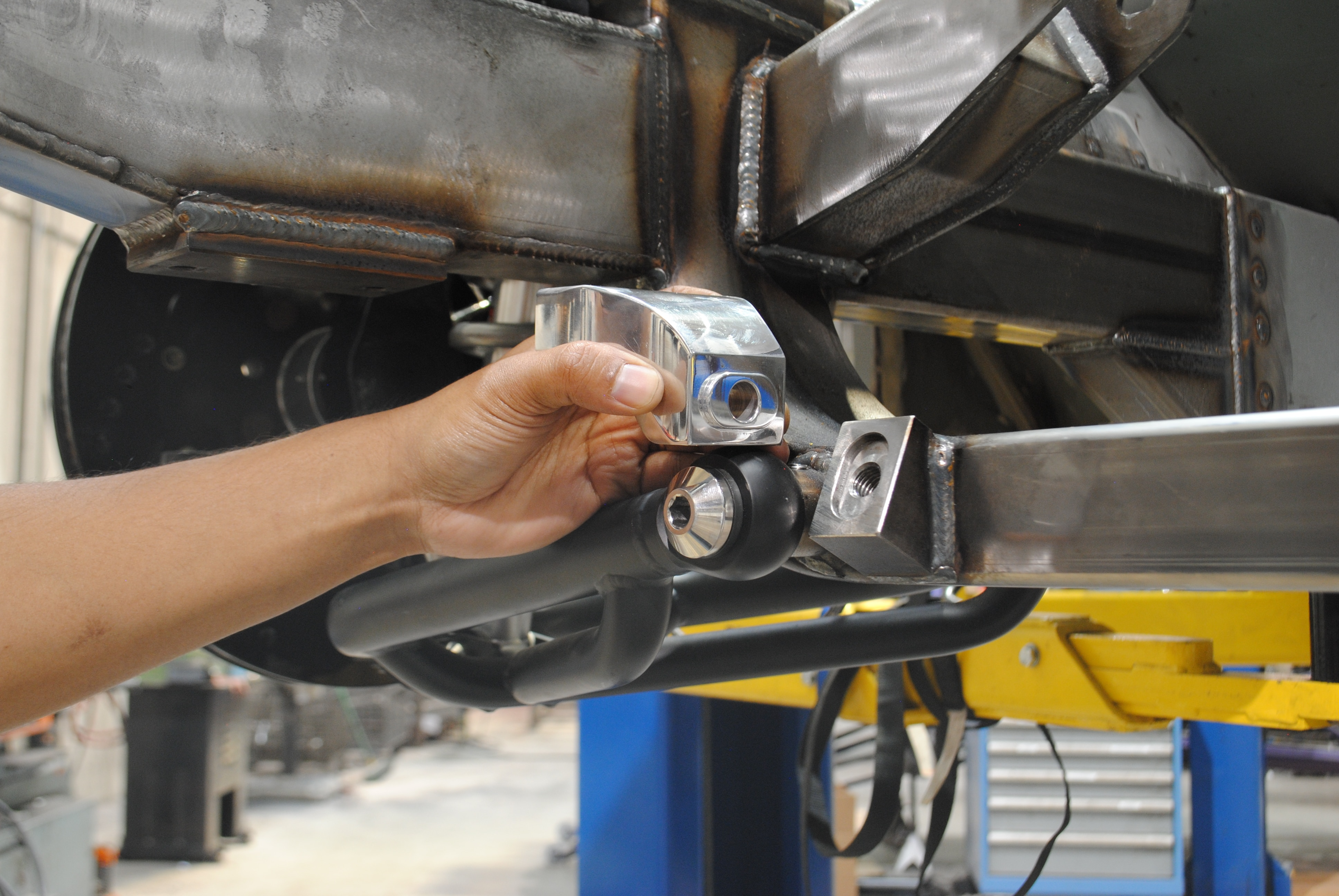 Control Arms Spindle