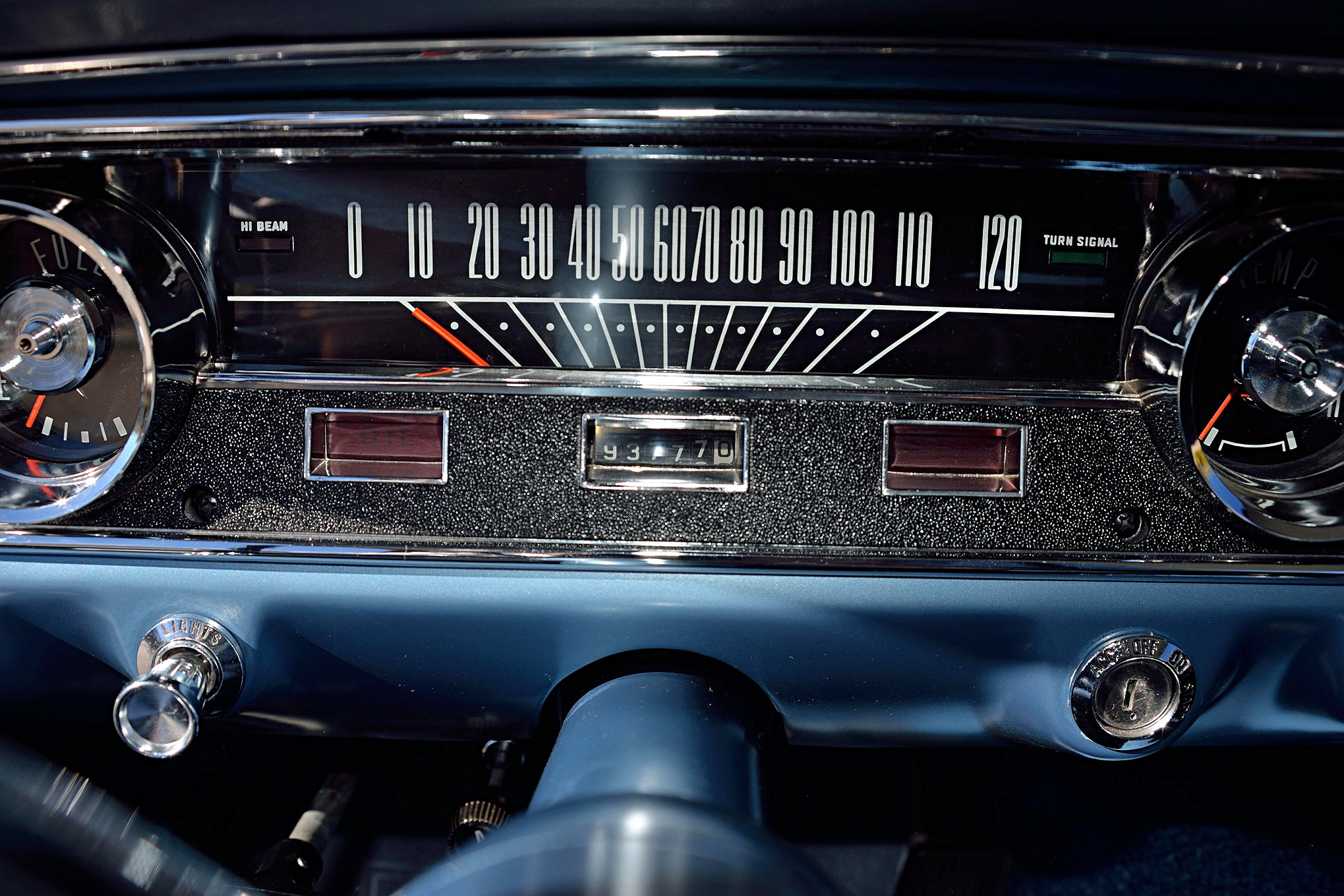 Fria 1965 ford mustang instrument panel detail