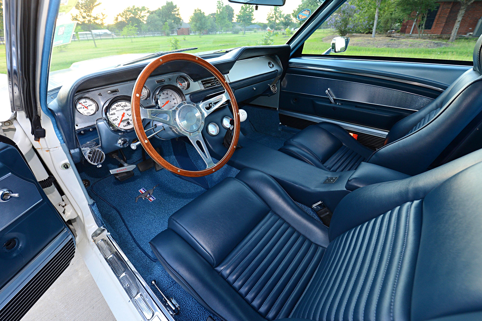 1969 ford mustang fastback interior