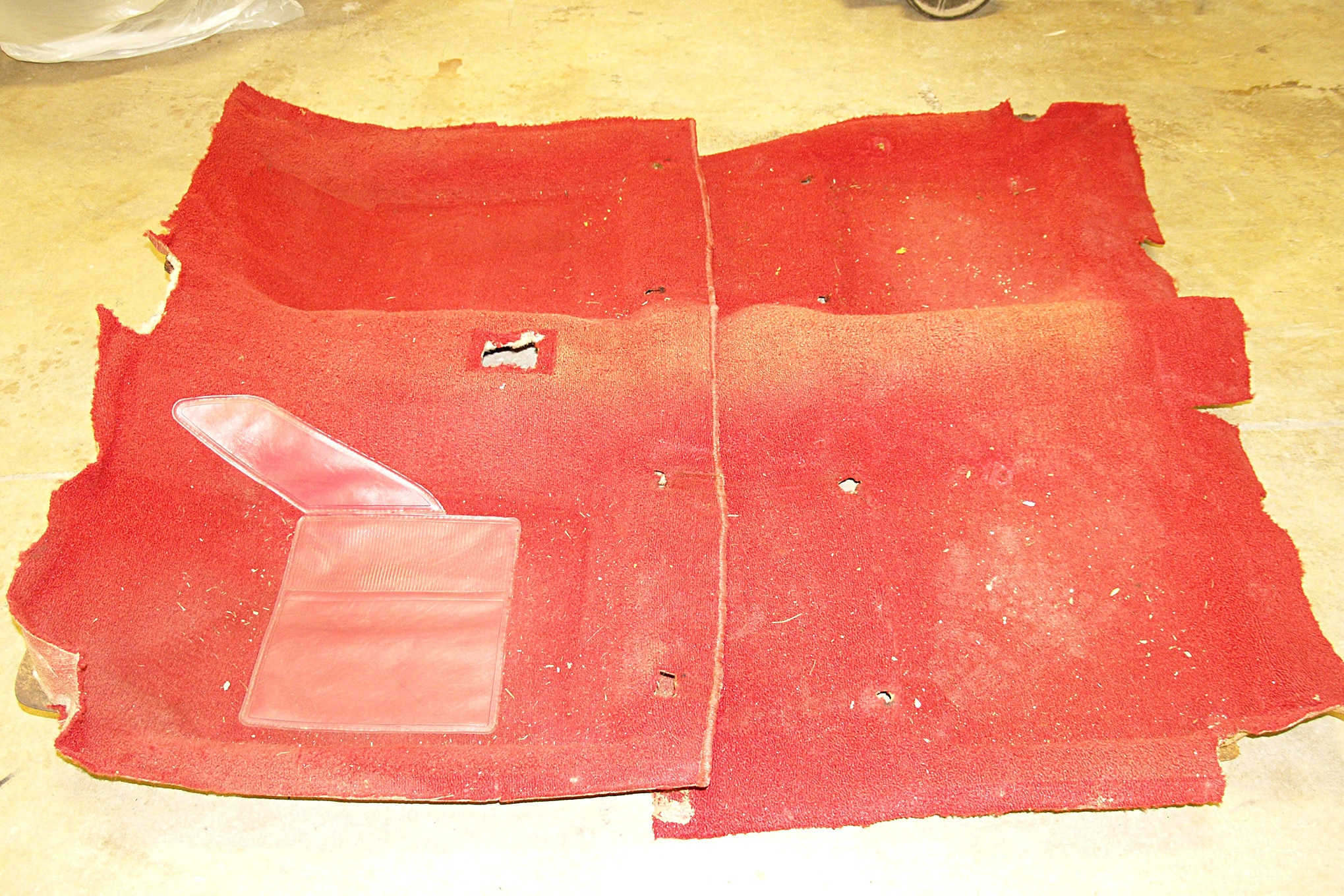 How To Dye Vintage Mustang Carpet 001