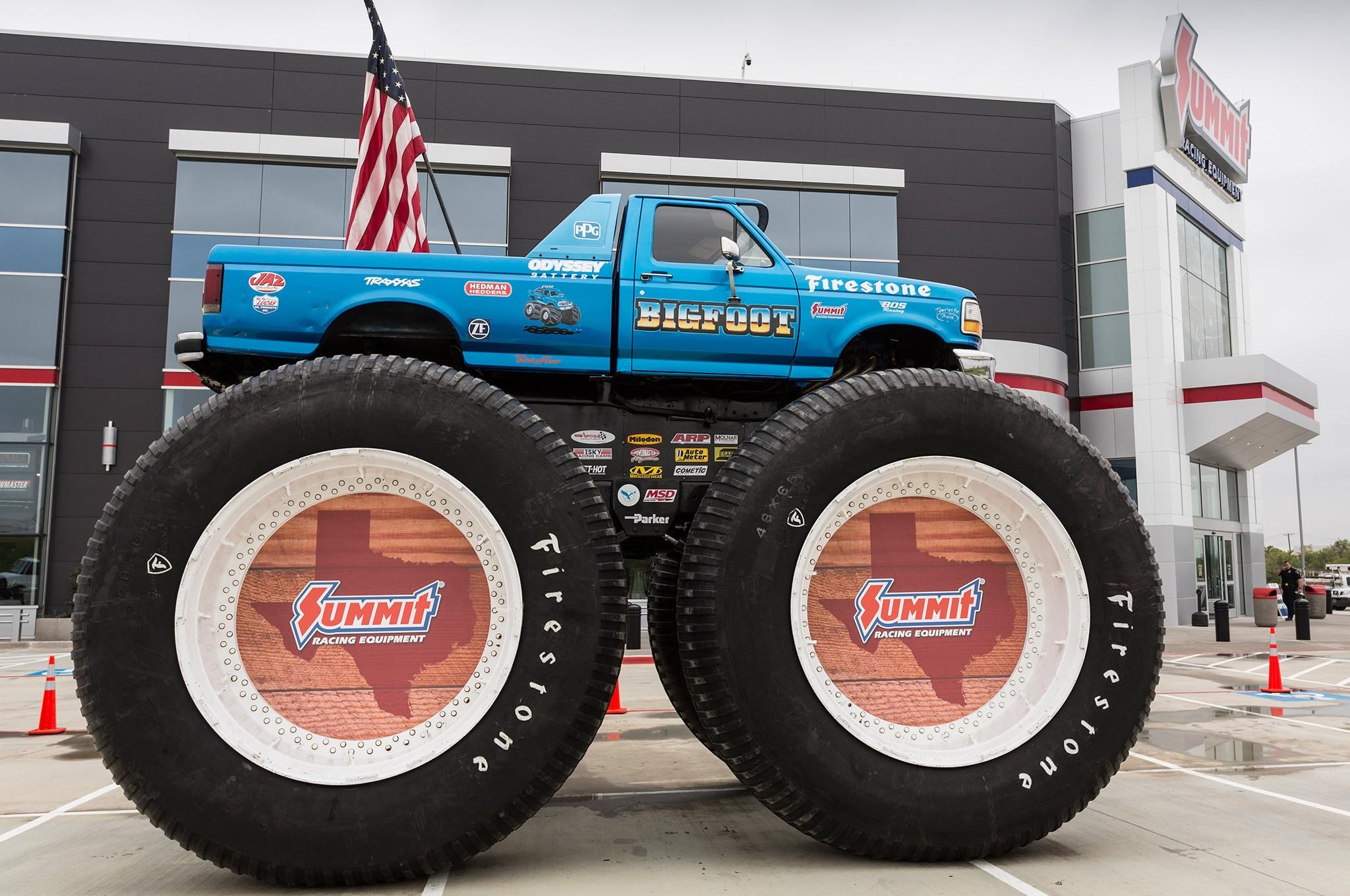05 Summit Racing TX Retail Store Bigfoot Parking Lot Display