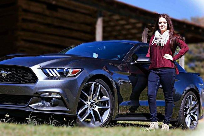 2016 Ford Mustang Cheyenne 01