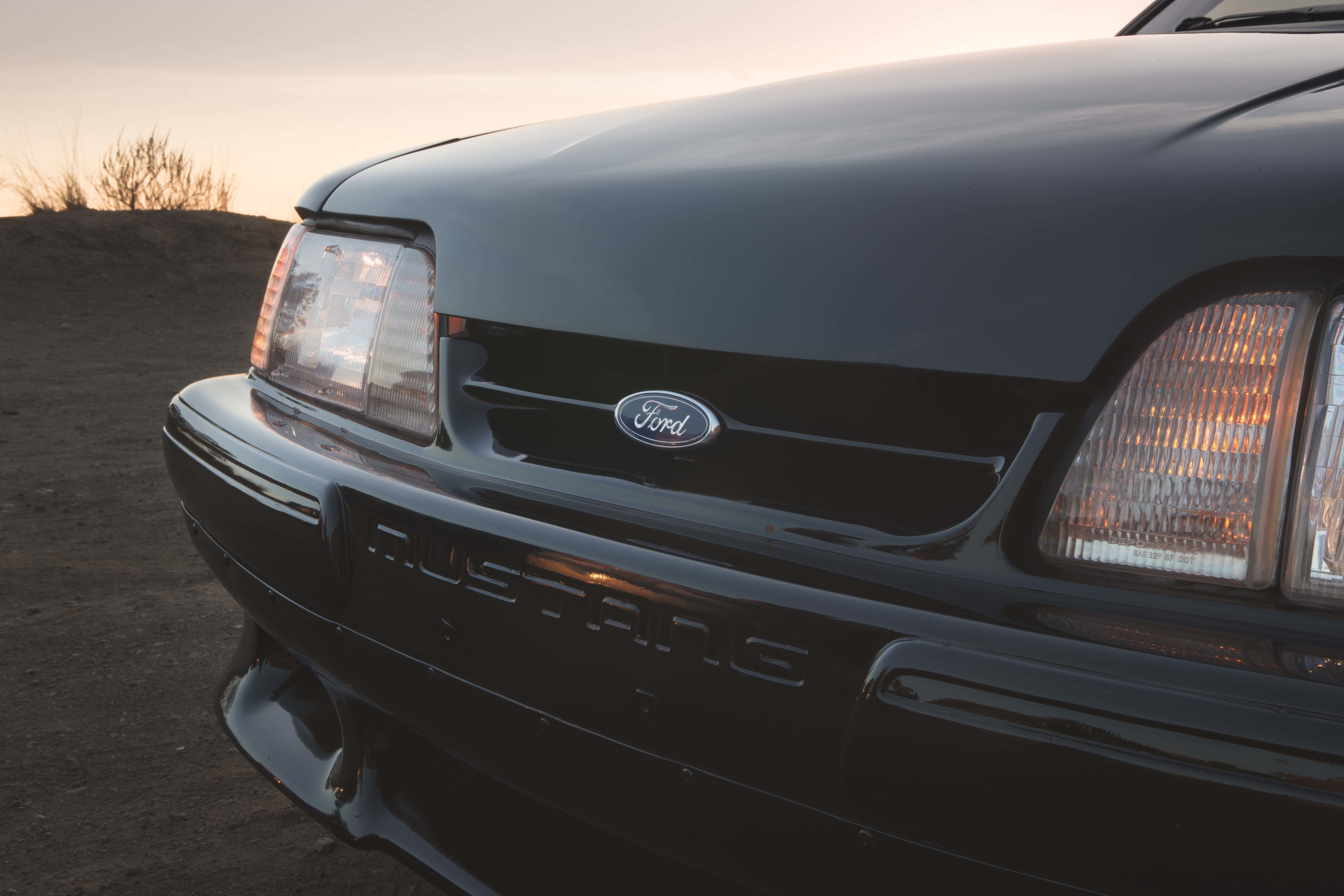1988 Ford Mustang Front End
