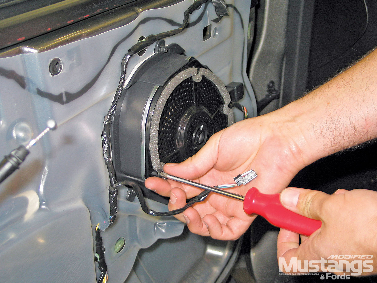 Install Shelby Kicker Sound System Remove Speaker Screws