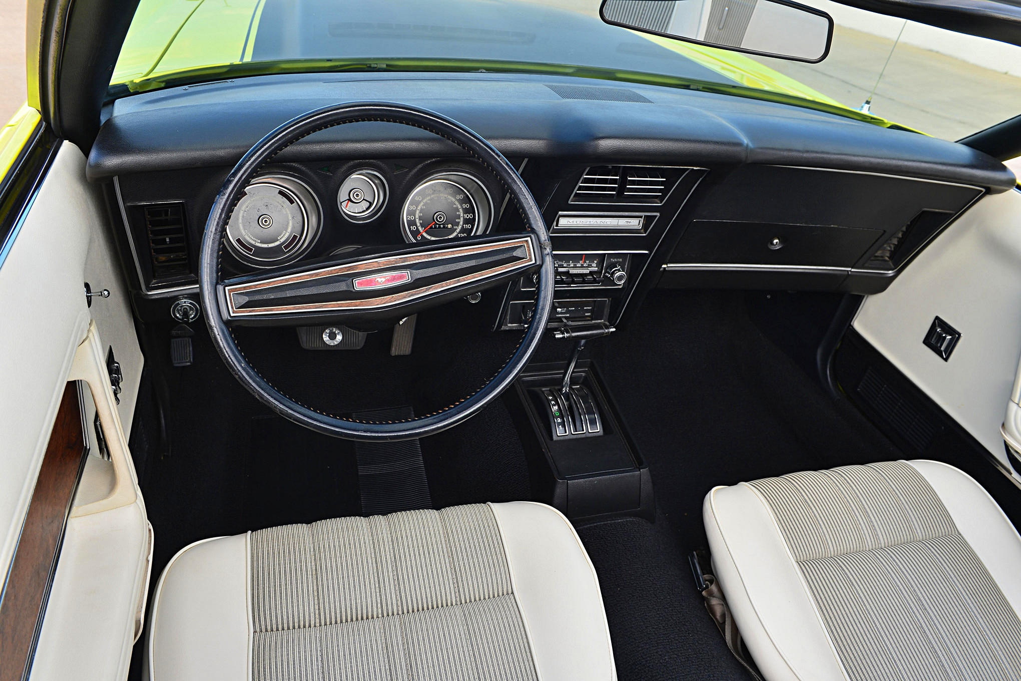 032 1971 73 Mustang SpottersGuide Heasley