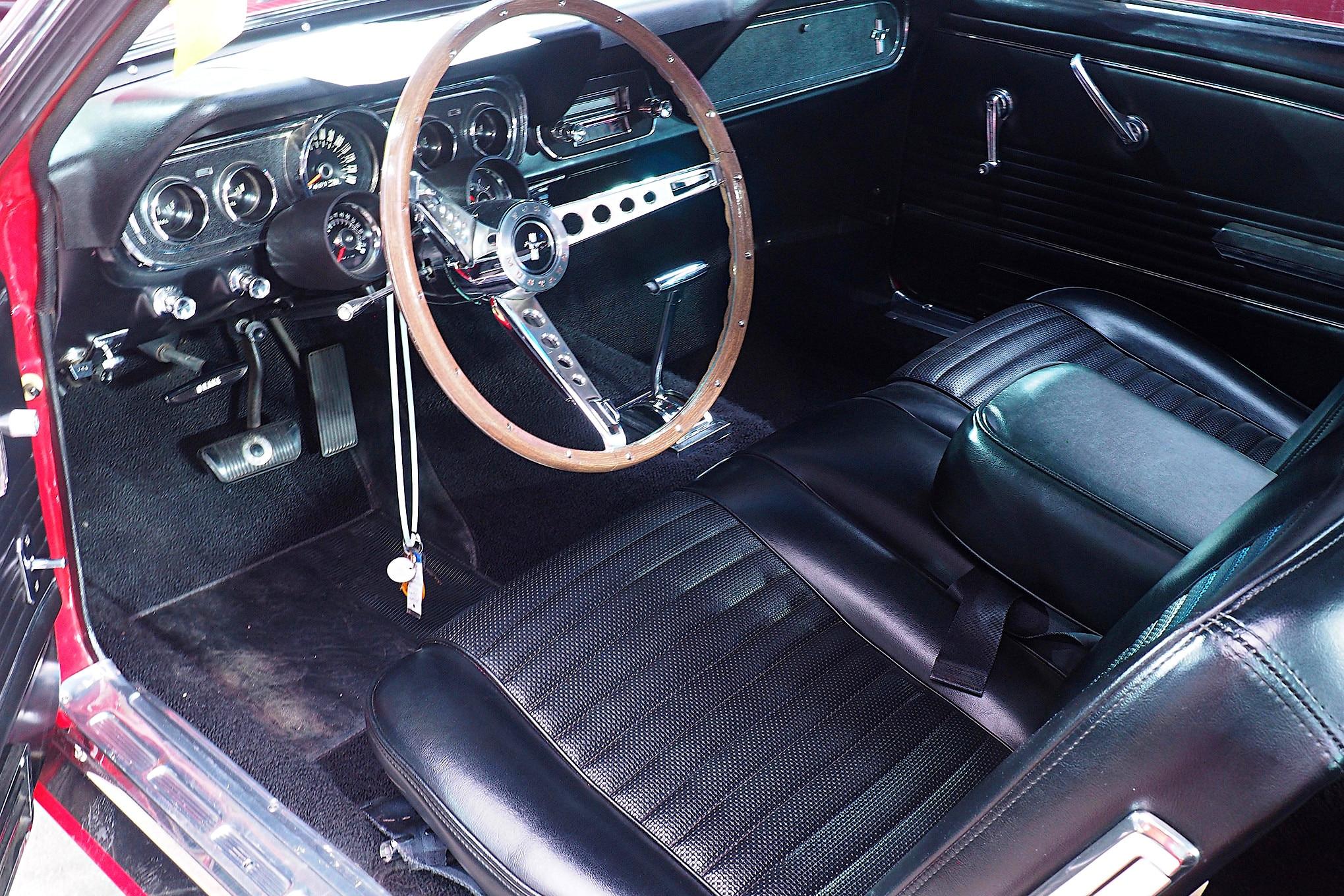 Marvelous 1966 Mustang Bench Seat Mecum Arizona 2019 Photo 266419508 Ibusinesslaw Wood Chair Design Ideas Ibusinesslaworg