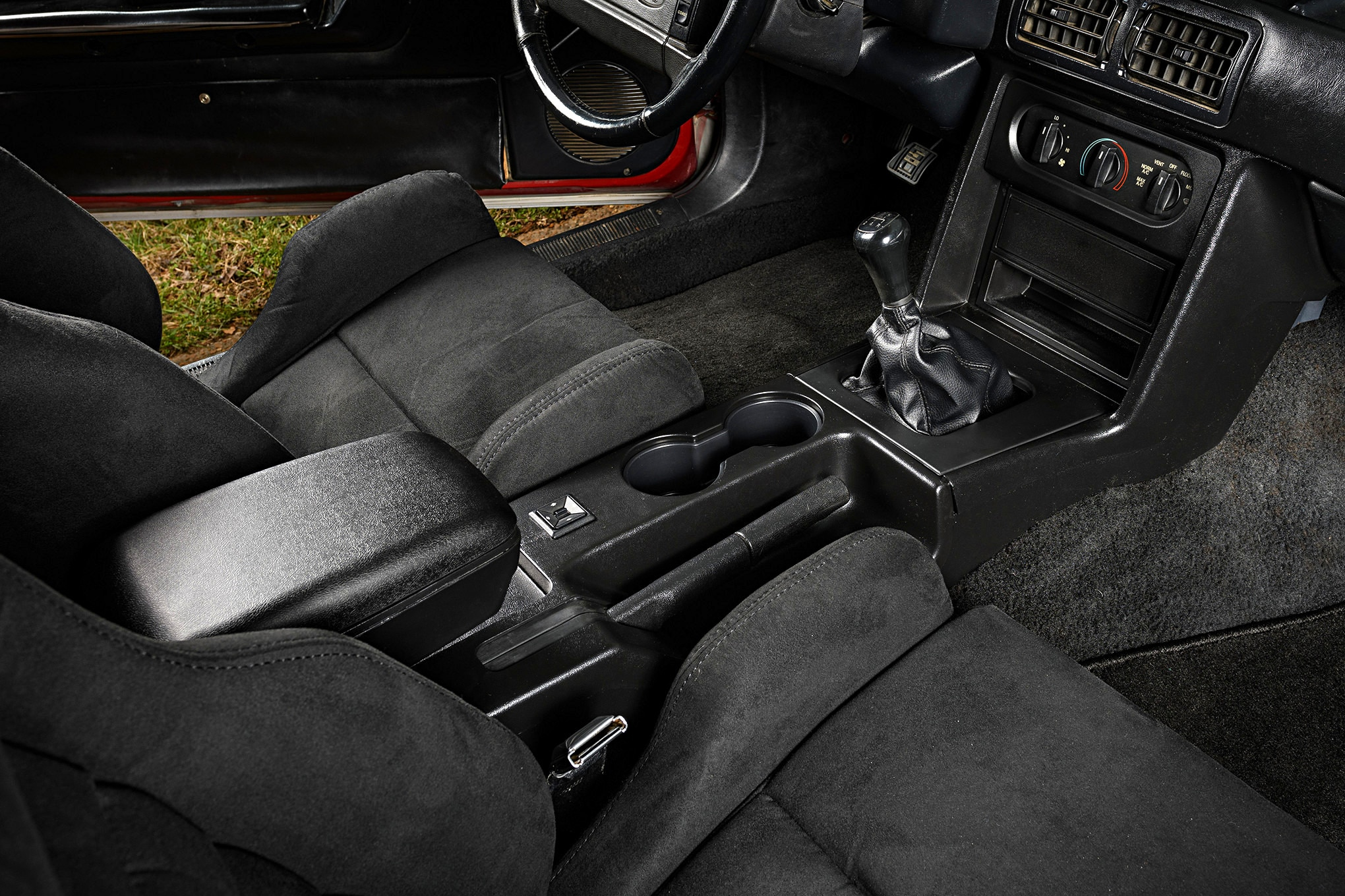 001 Mustang Center Console Lmr Restored