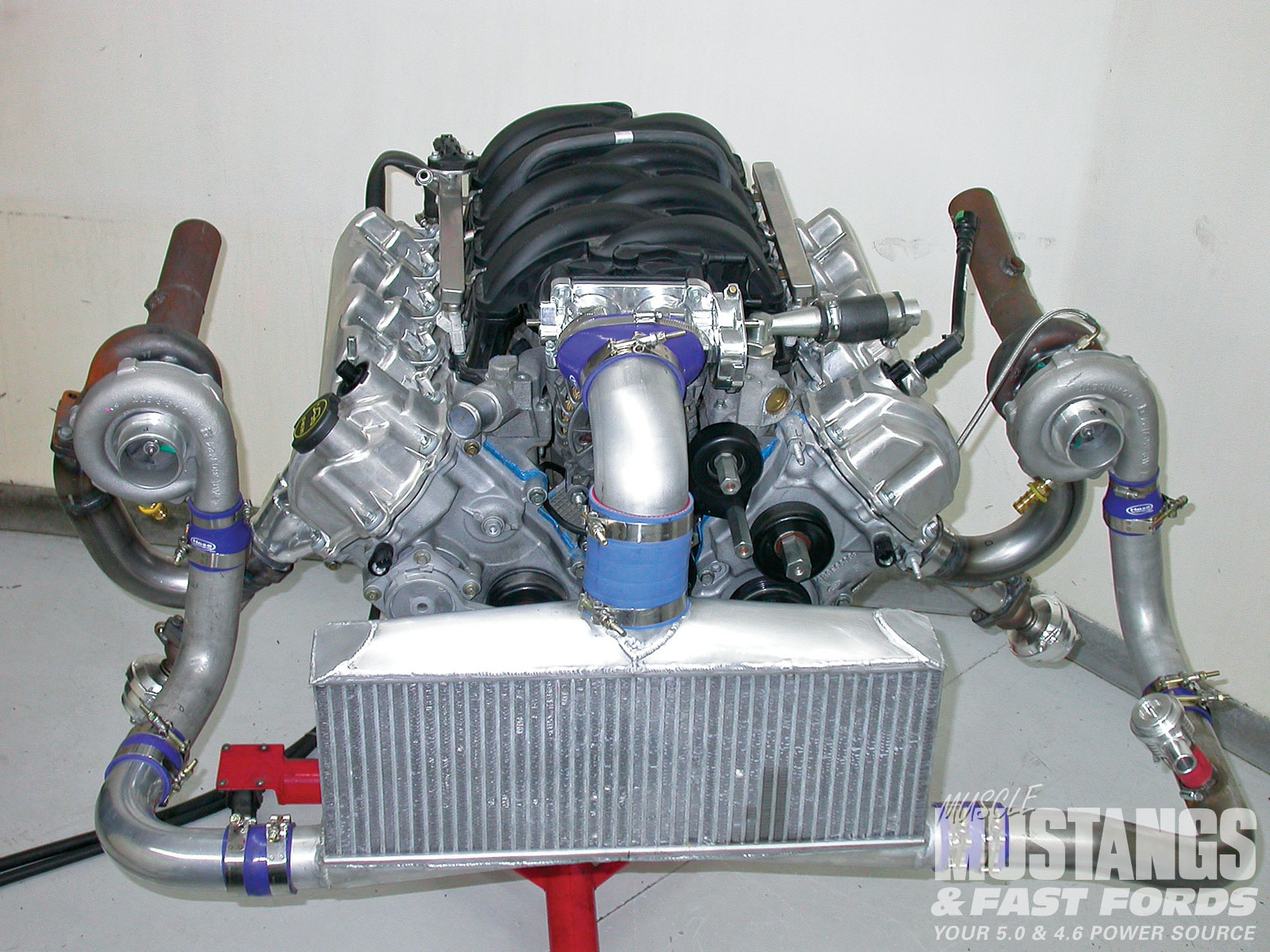 Mmfp 1005 01 O+2005 Ford Mustang Gt+hp Performance Twin Turbo Kit