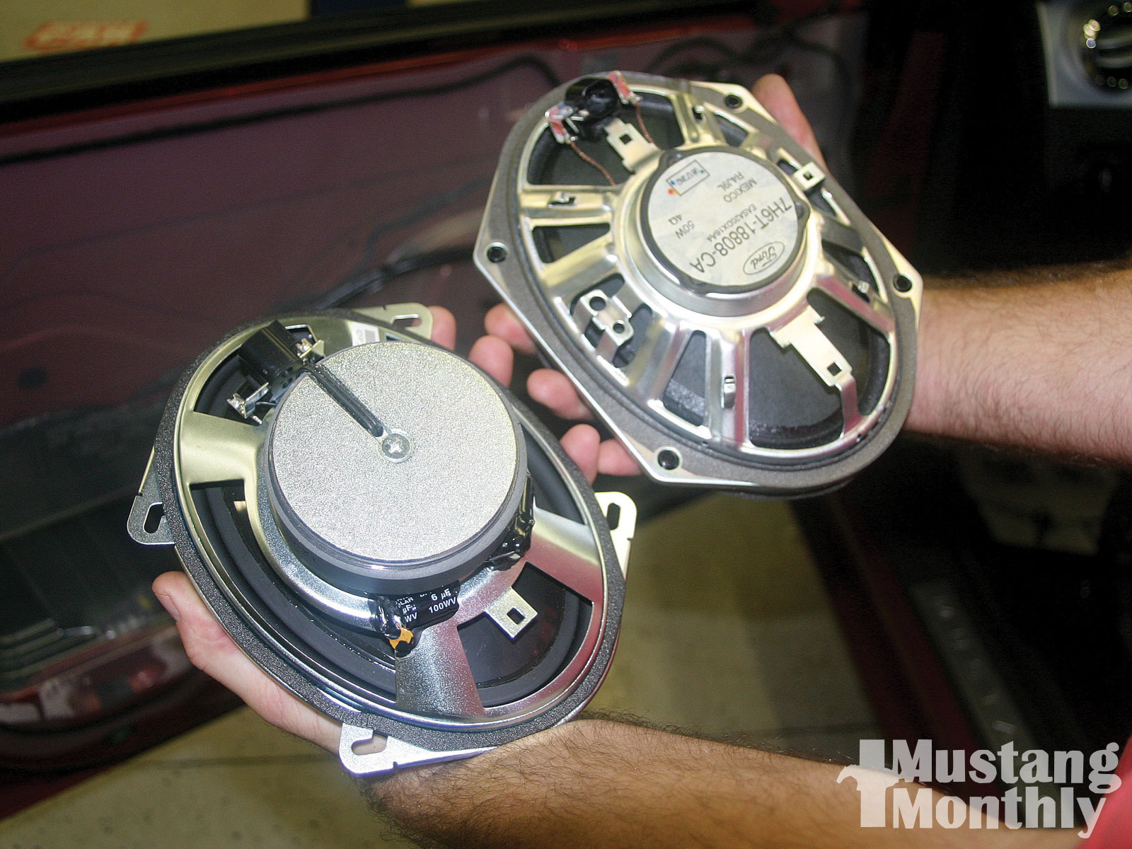 Mump 1001 04  Shelby Kicker Stereo Upgrade Kicker Door Speakers