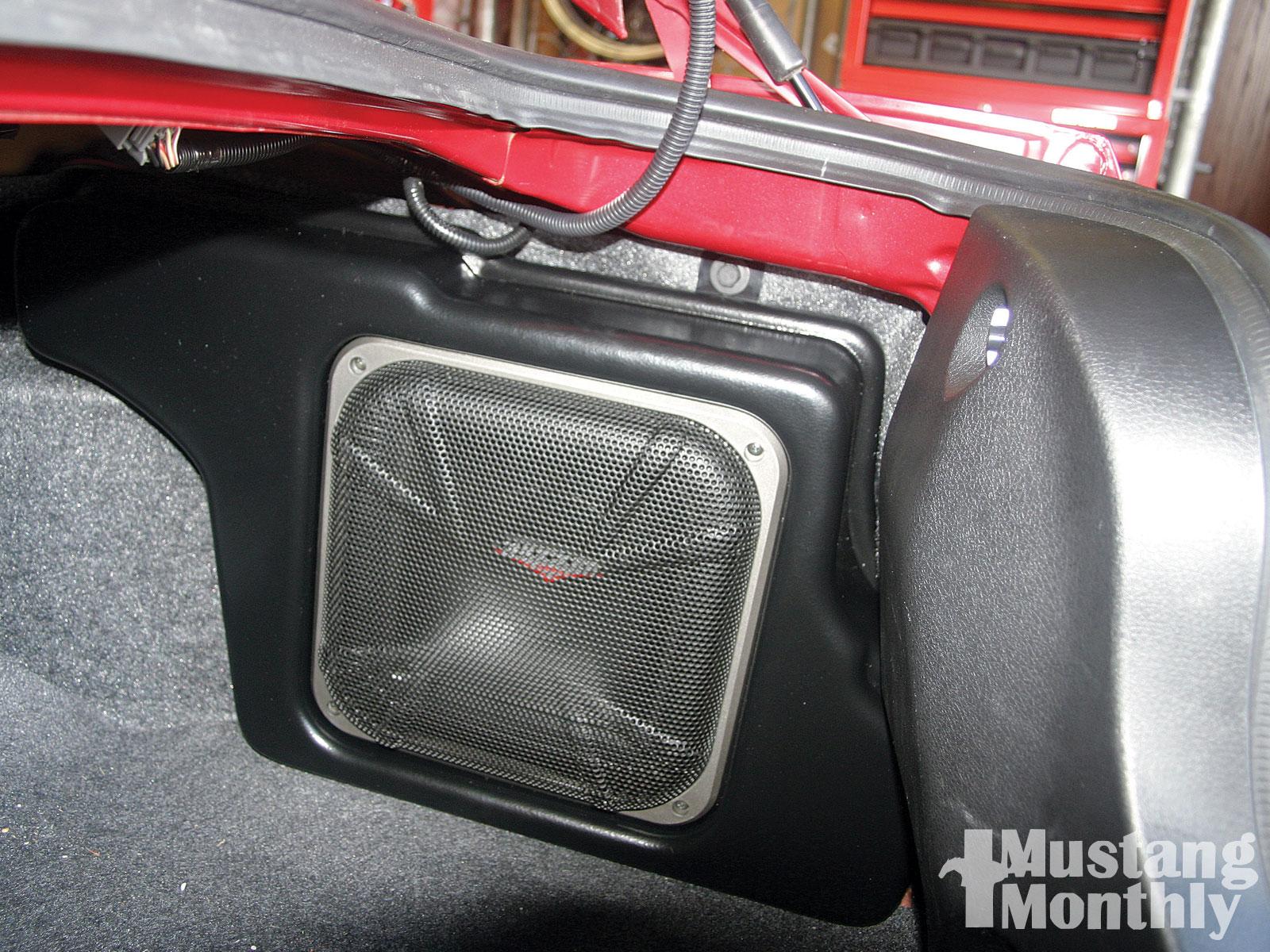 Mump 1001 14  Shelby Kicker Stereo Upgrade Shelby Kicker Subwoofer