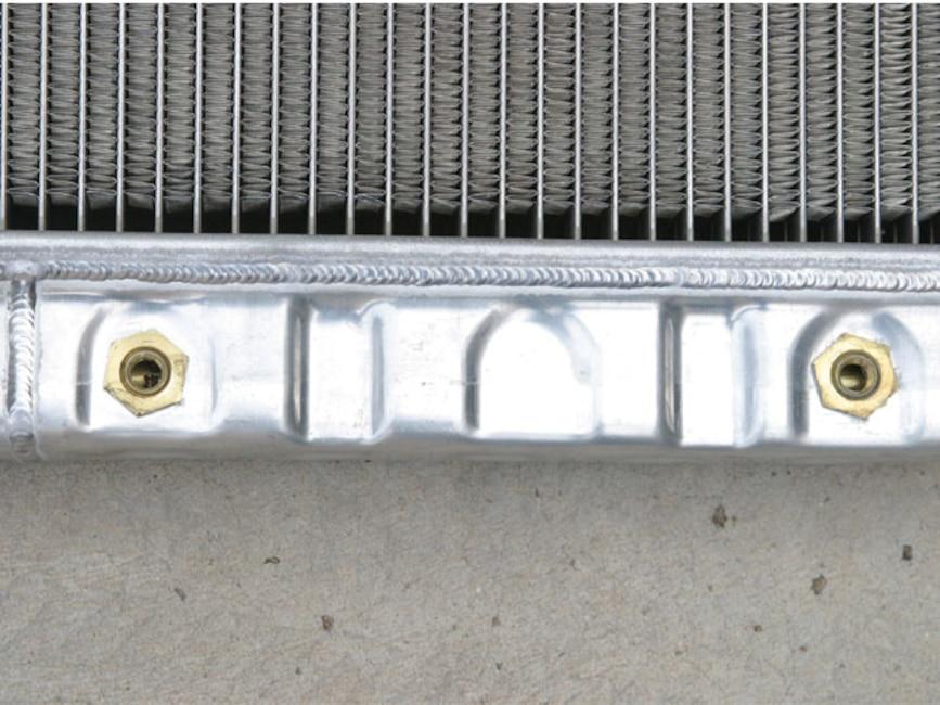 0610_mump_03z Classic_ford_mustang Aluminum_radiator_close
