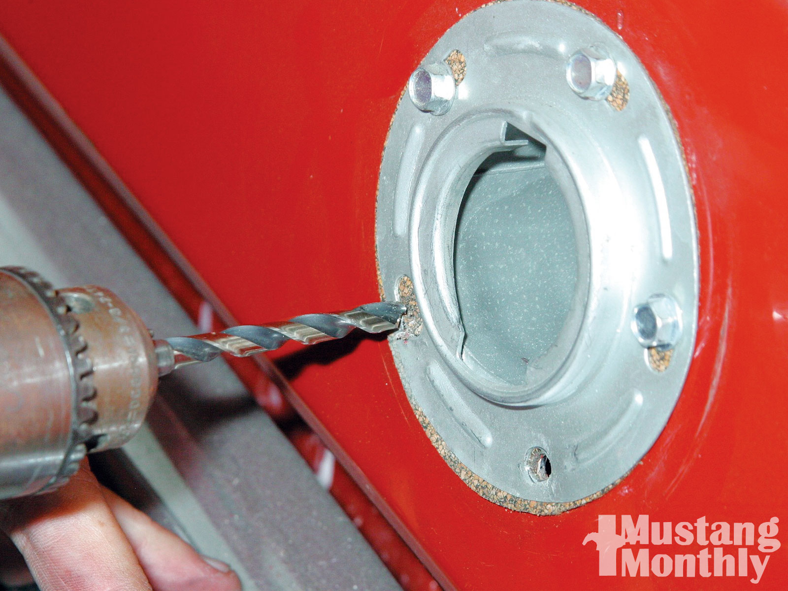 Mump 1008 05 O Theft Proof Gas Cap Hole Drilled