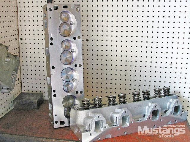 427 Engine Build Cylinder Heads
