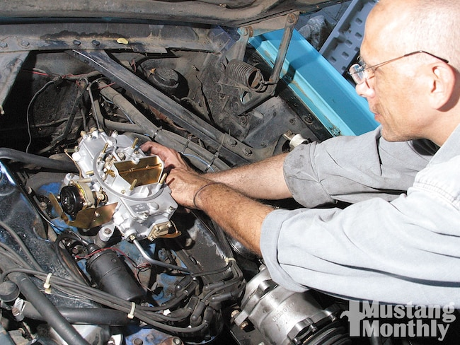 Mump 1012 01  Autolite 4100 Carburetor Installation Install