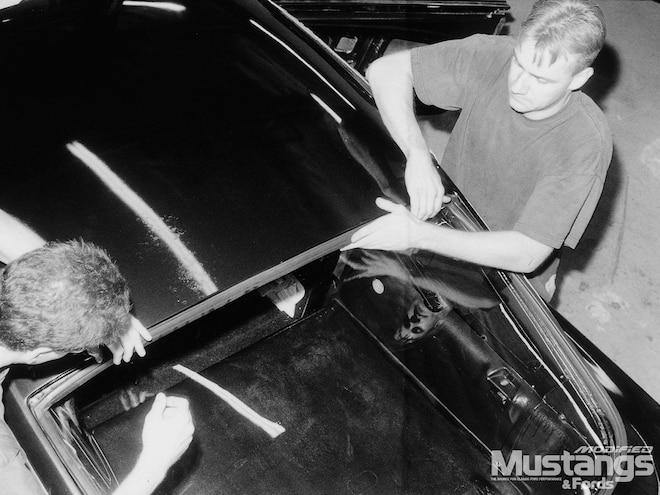 1965 1966 Ford Mustang Fastback Rear Window Installation Make Mine Plexiglass Modified Mustangs Fords Magazine