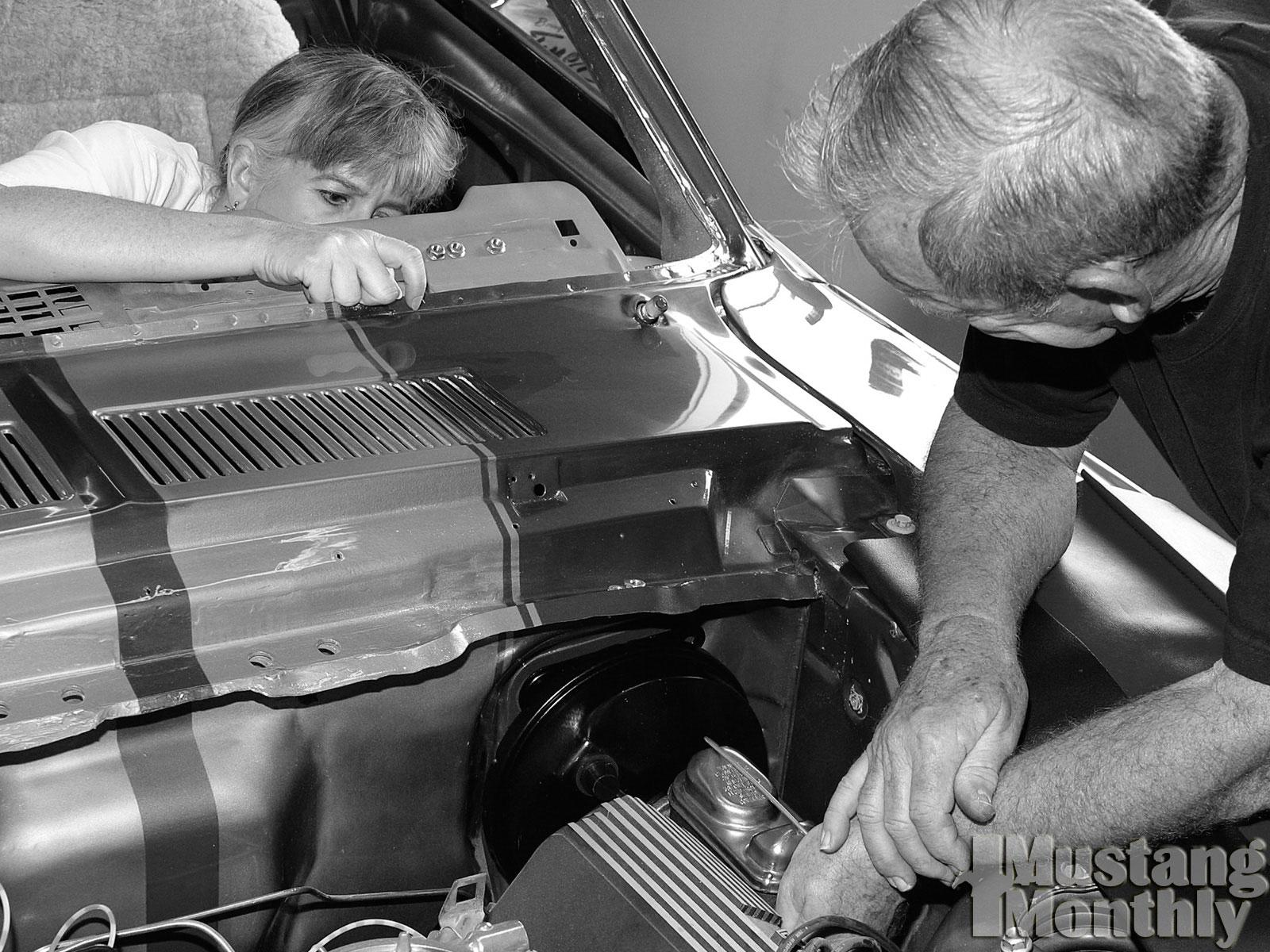 Mump 0308 08  Install Power Brake Booster  Install Power Booster