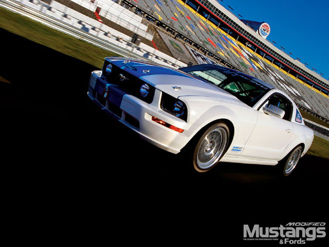 FR500C Ford Mustang Racetracks