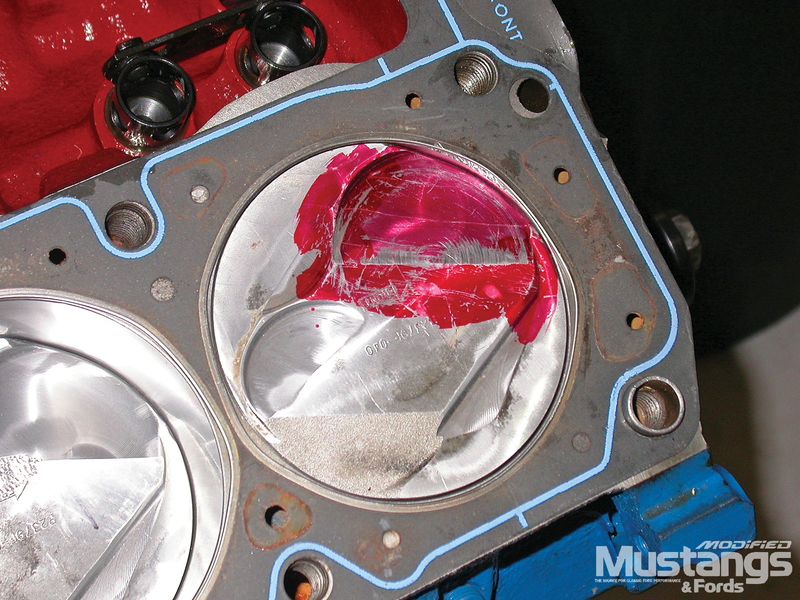Ford Boss 302 Engine Build Piston Valve Clearance