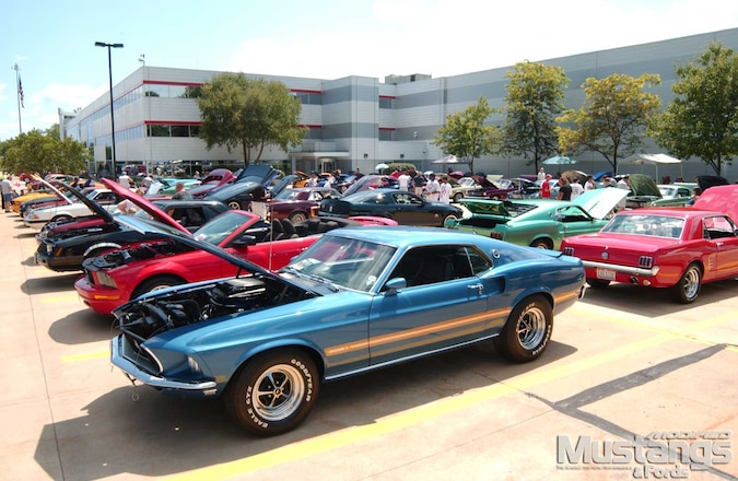 Car summit Stangs Annual Racing Show 7th Buckeye All-mustang