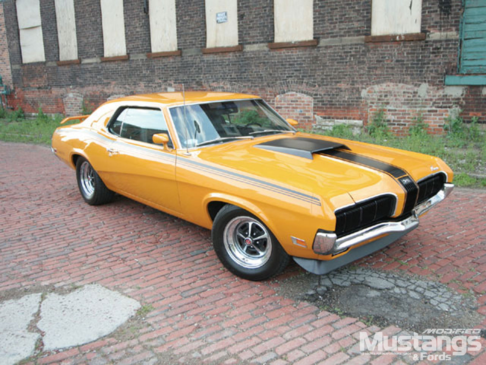 1970 Mercury Cougar Eliminator Front View
