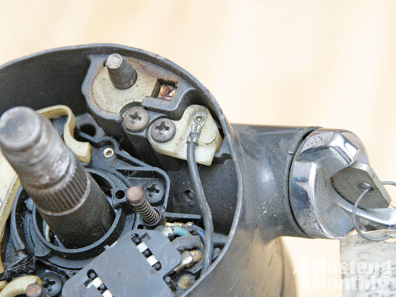 Mump 1012 15  Ford Mustang Locking Steering Columns Collar