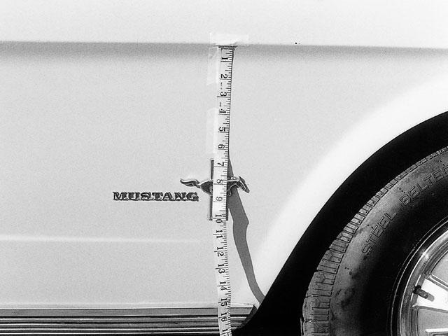 Mump 0105 08 Z Mustang Emblems C Dimension Tri Bar