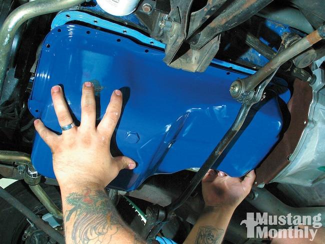 Mump 1101 01  Mustang Oil Pan Replacement  Article Lead