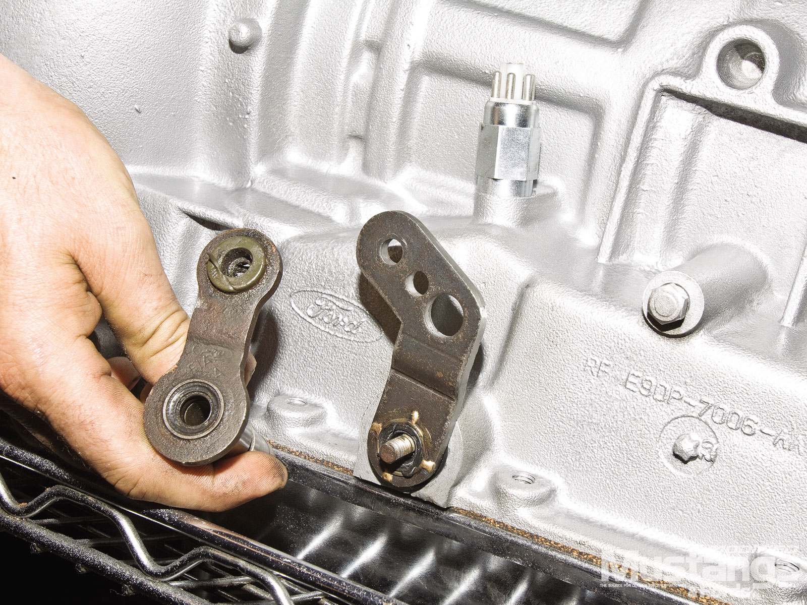 Monster Aod Transmission Installation  Linkage Connectors