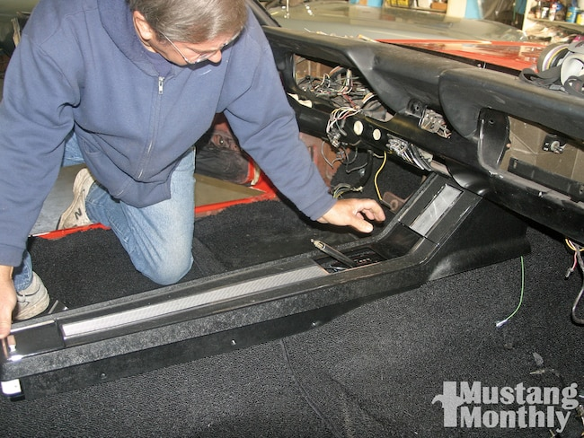 Mump 1004 01 O 1966 Ford Mustang Gt Console