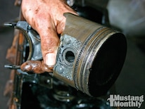 Mump_1004_06_o Mustang_oil_analysis Pistons_and_rings