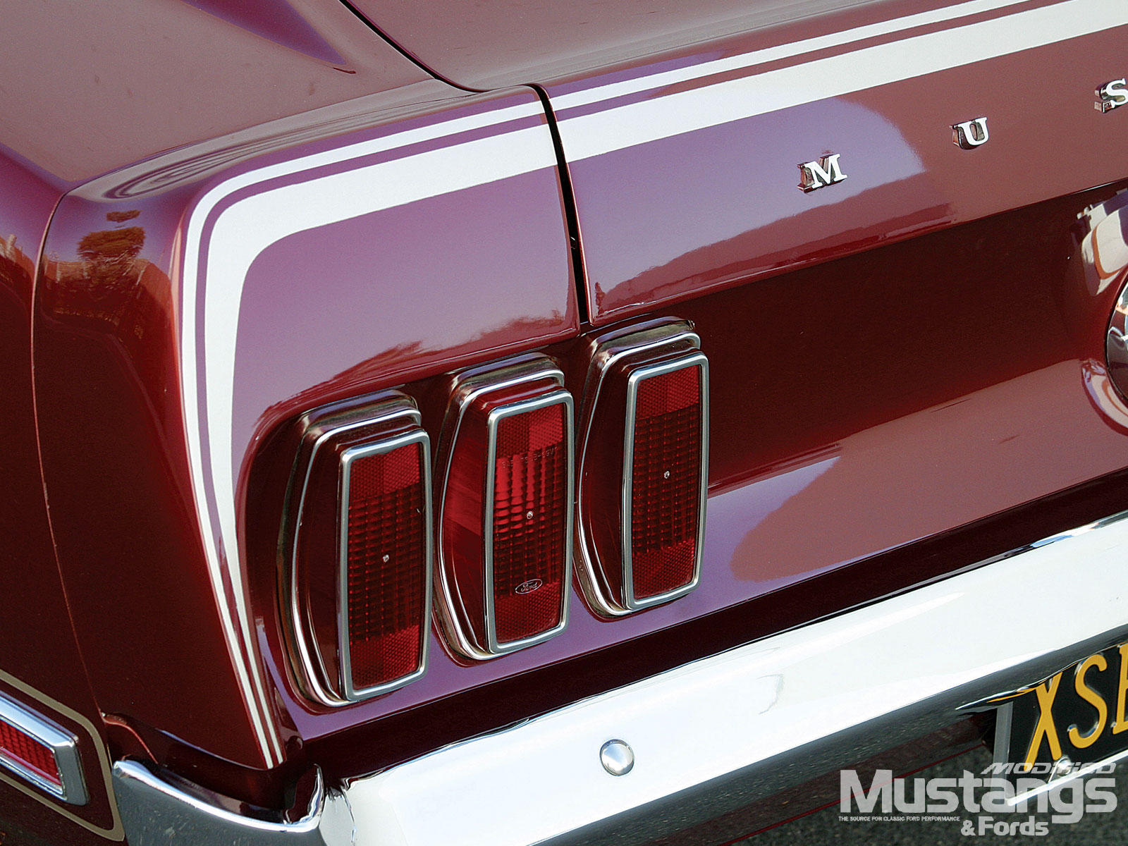 1969 Ford Mustang Mach 1 Back Headlights