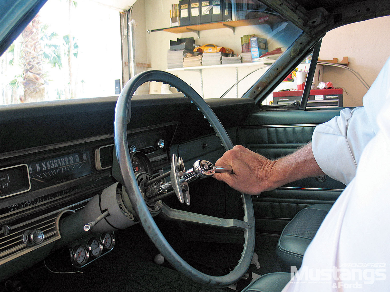 1967 Ford Fairlane Hardtop Remove Steering Wheel