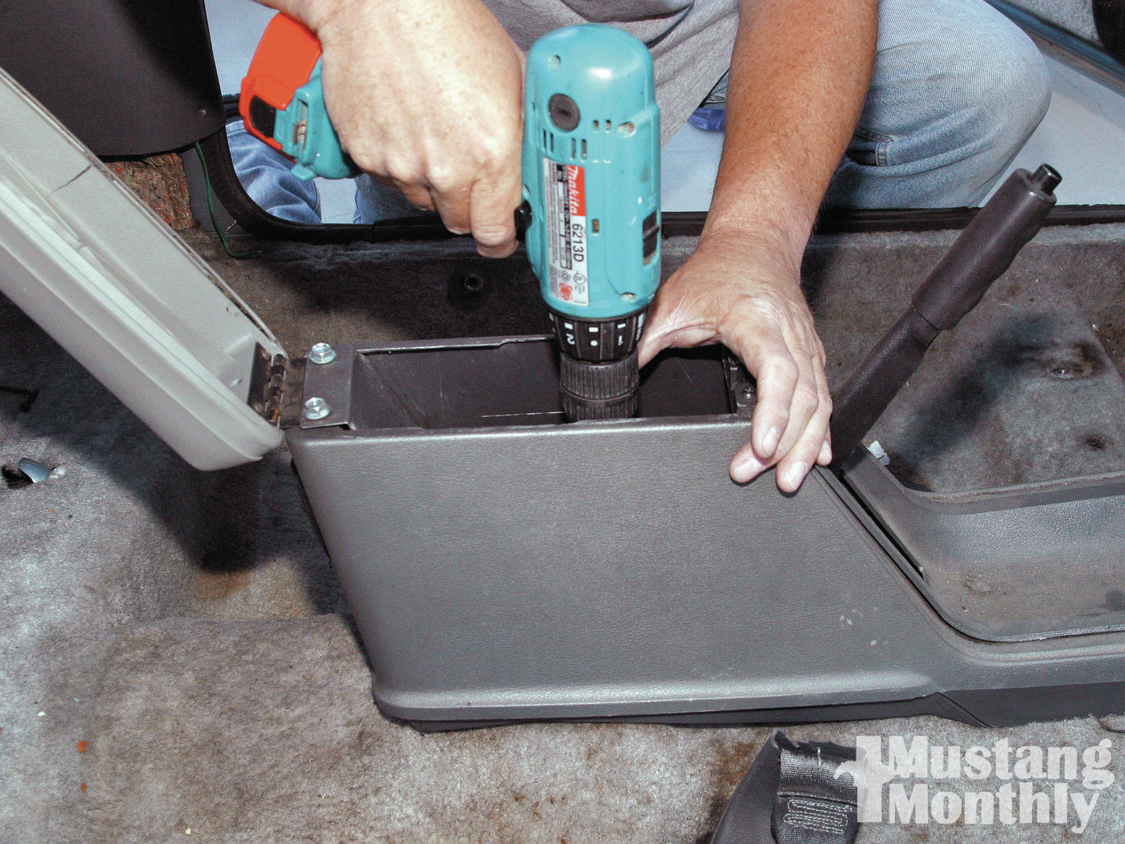 Mump 1109 How To Replace Fox Body Carpet 010