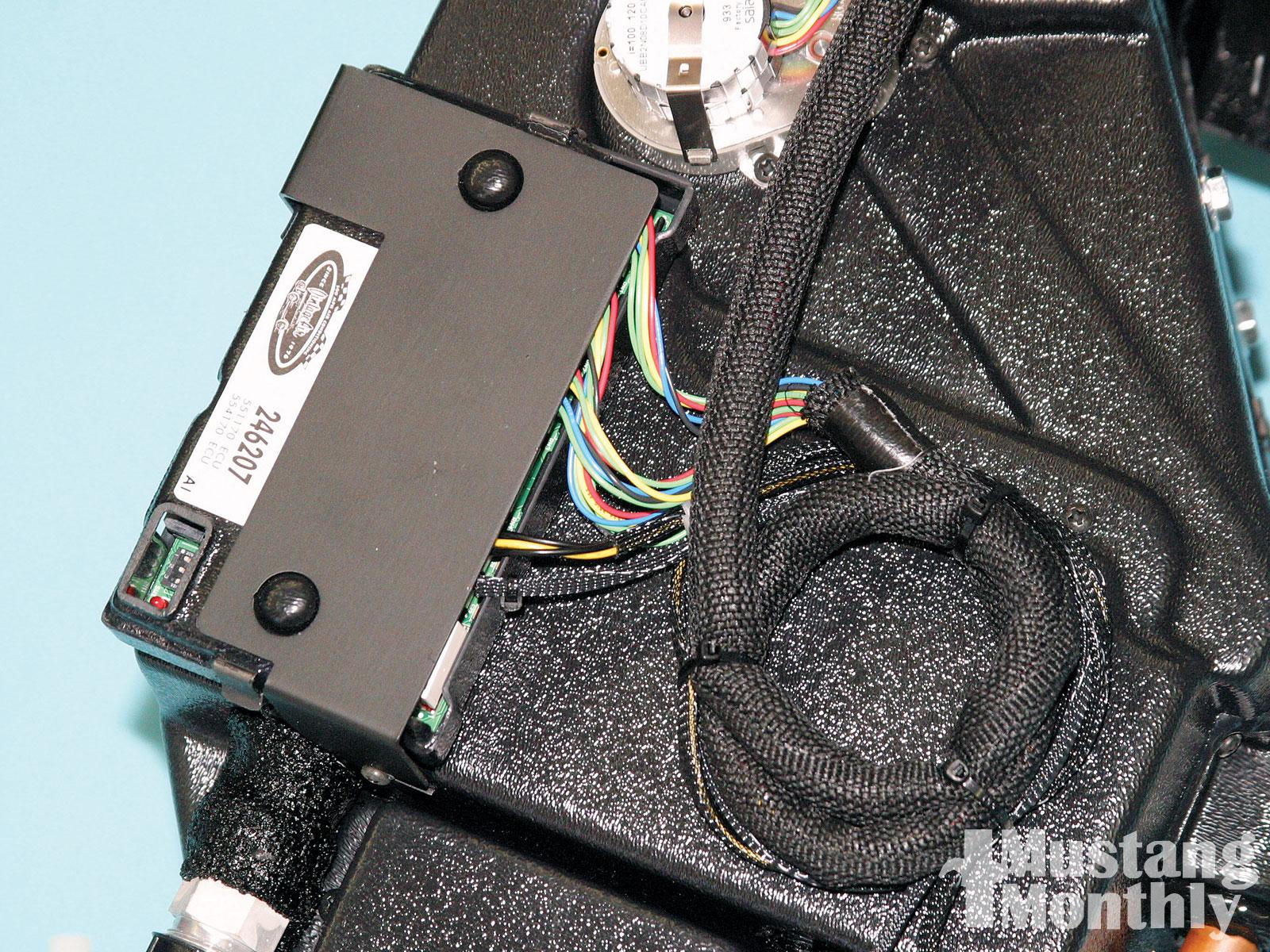 Mump 1007 04 O Air Conditioning Installation Microprocessor Technology