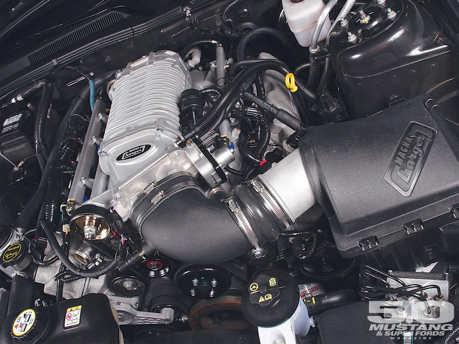 M5lp 0704 01 O Magnacharger Intercooled Supercharger GT Blower Kit
