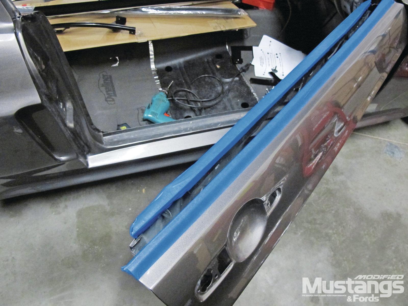 Mdmp 1202 Door Glass Install Modern Makeover 003