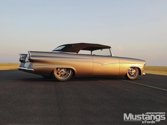 Mdmp 1203 00 1956 Ford Suncammer
