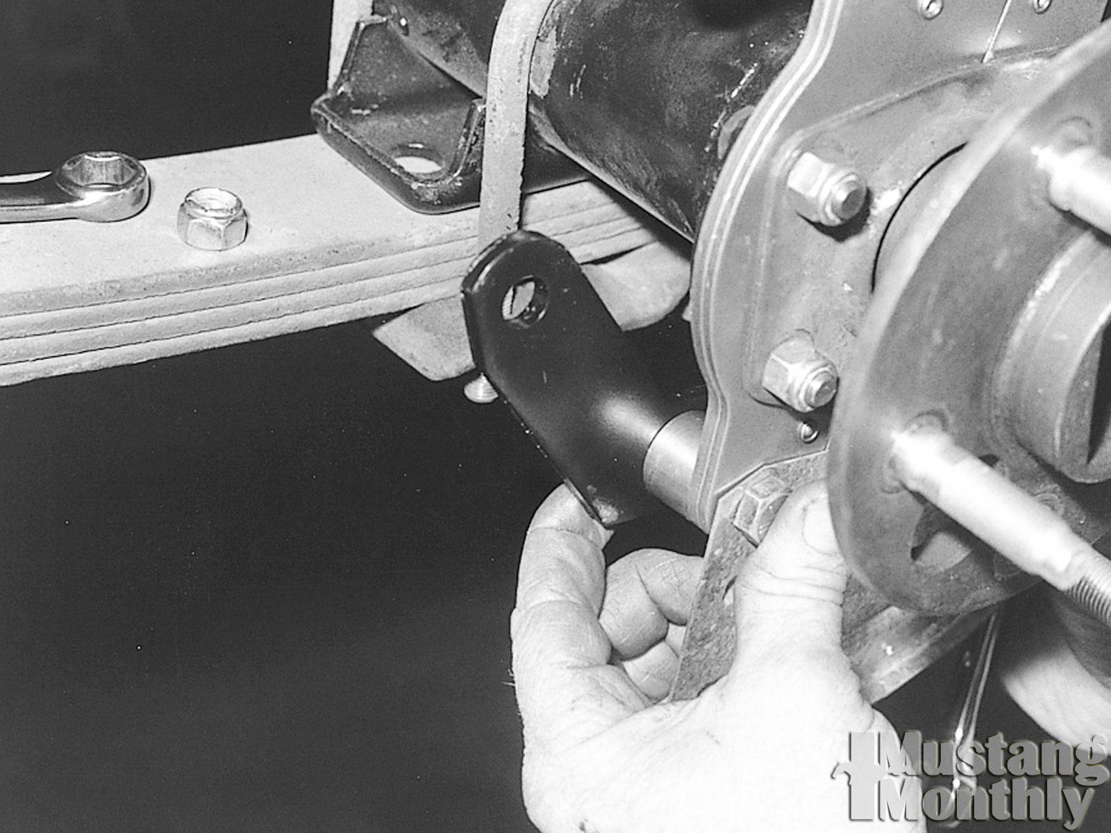 Mump 0311 10  Install Rear Disc Brakes  Calipeer Spacers