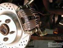 Mump_0504_33_ Baer_four_wheel_disc_brake_install _new_caliper_brackets