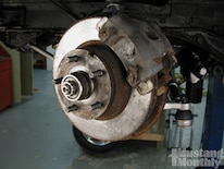 Mump_0504_43_ Baer_four_wheel_disc_brake_install _stock_front_brakes