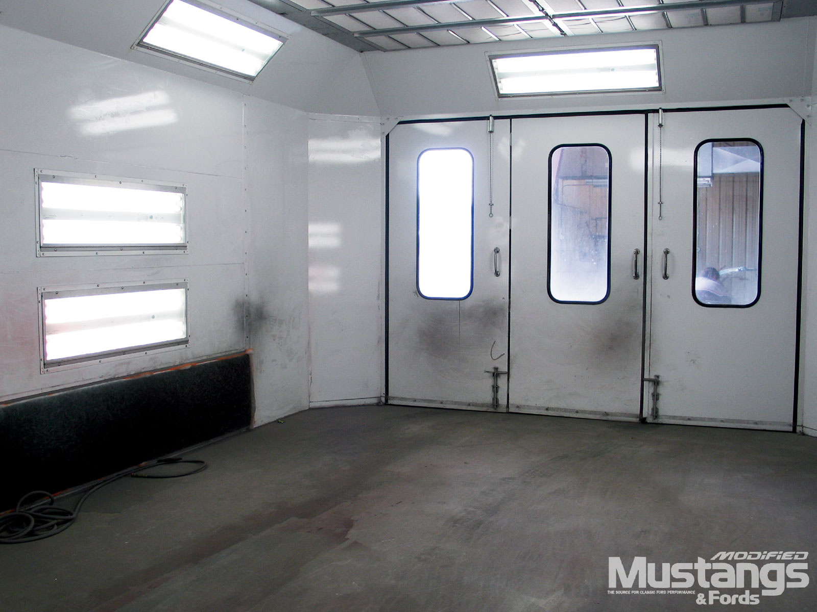 Autobody Refinishing Painting Paint Booth